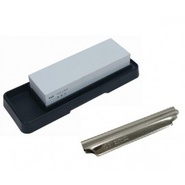 PROMOTION - Kai AP-0305 Combined Sharpening Stone 400/1000 + Gift Guide